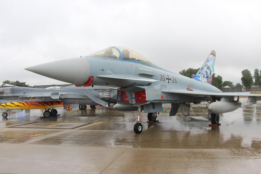 typhoon-003