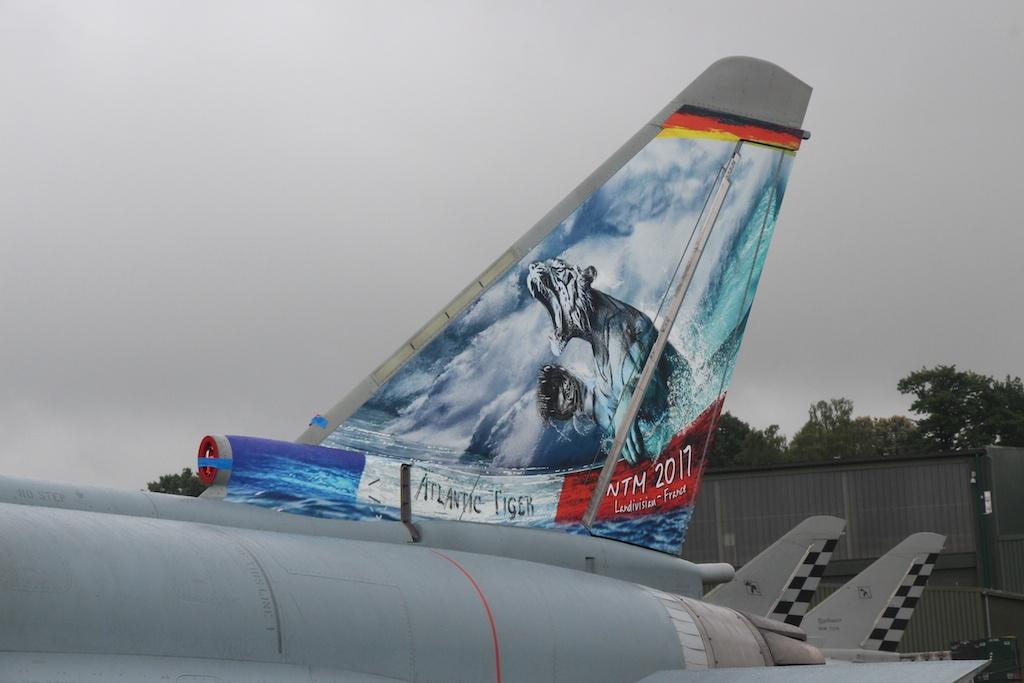 typhoon-004