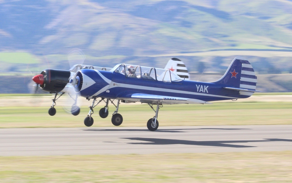 yak52-002
